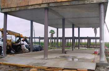 Capd elevated concrete slab clear lake city texas photo for Raised foundation vs slab